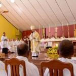 Dom Fernando Guimaraes ordenação diaconal